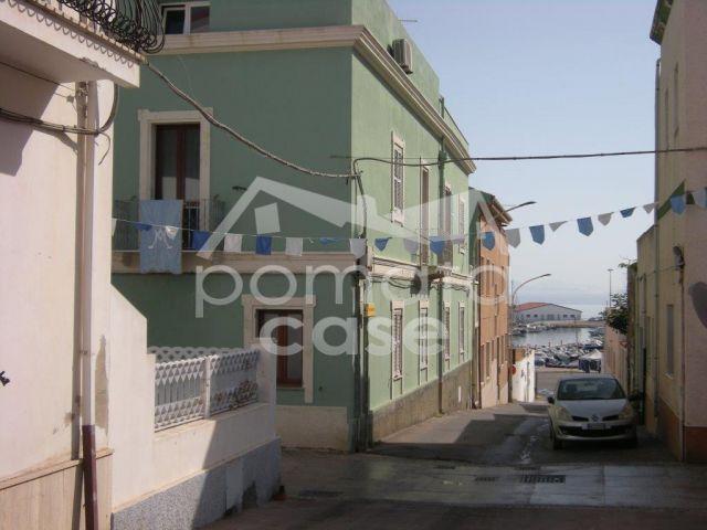 Calasetta, Via Umberto