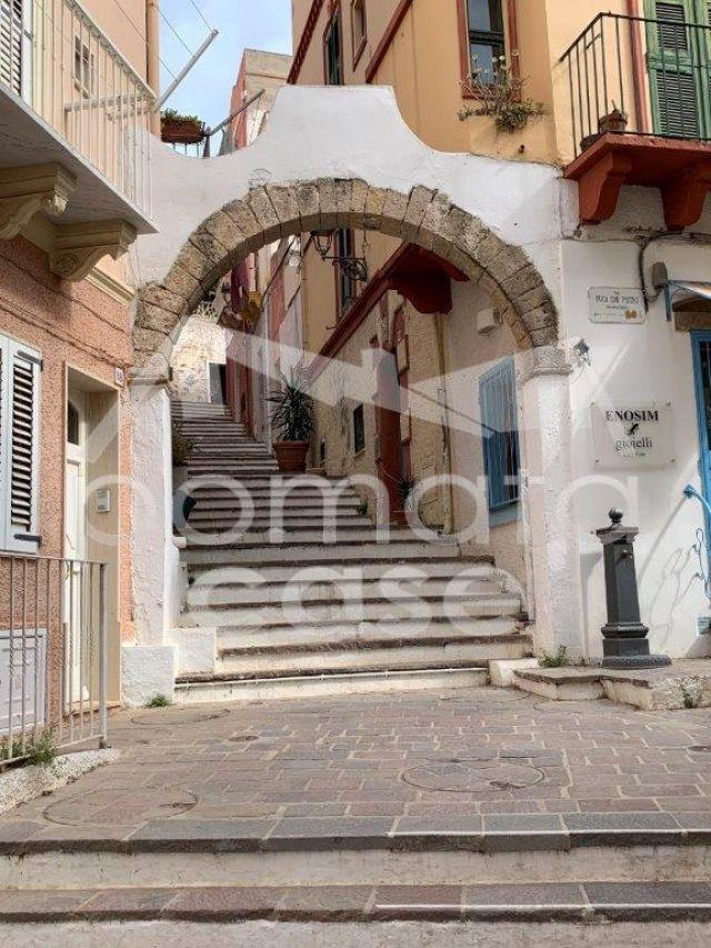 Carloforte, Via Solferino.